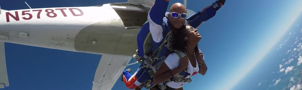 Saut en parachute au dessus de la Martinique